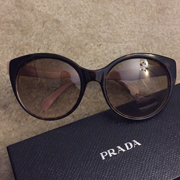 4ce8870de74ea Prada Accessories